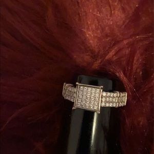 Sterling silver  platinum style ring size 9
